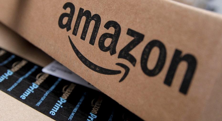 Amazon box FBN reuters