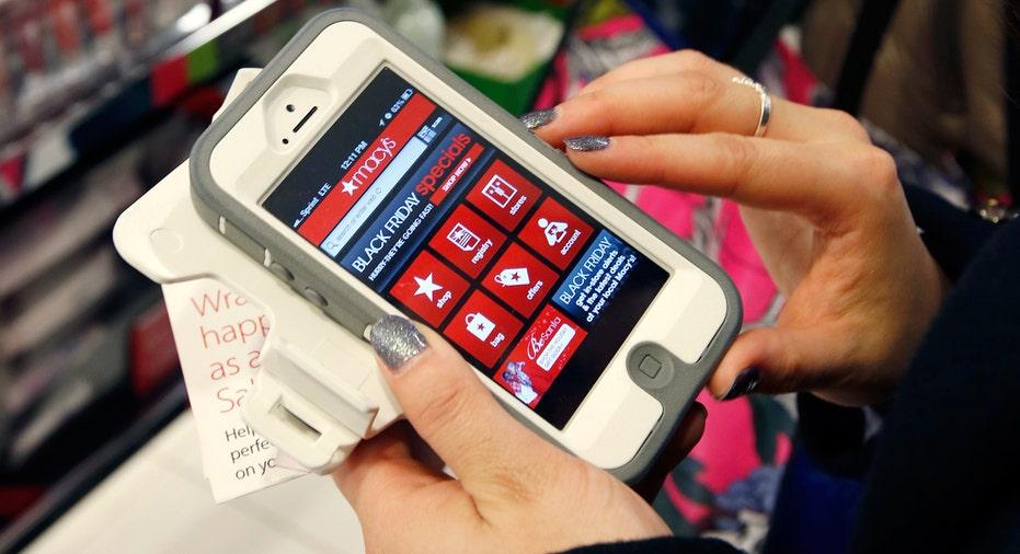 mobile, shopping, online shopping, app, Macy's, Cyber Monday FBN