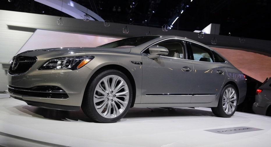 2017 Buick LaCrosse, General Motors