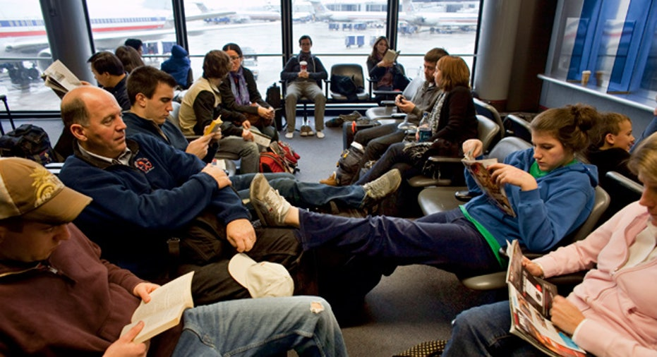 Airport_Wating_Travelers_Delay_Vacation_Trip