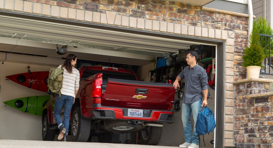 Chevrolet Colorado in garage FBN