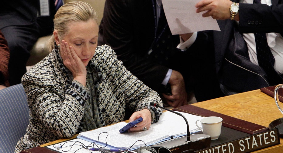 Clinton email, Clinton email scandal
