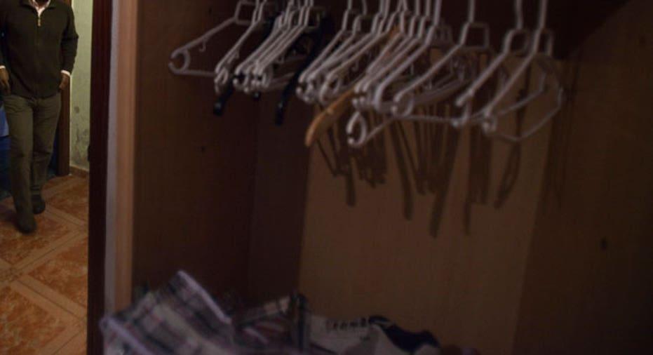 closet, storage, hangers
