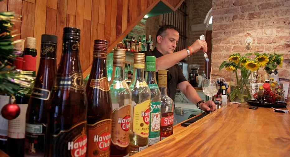 Cuba, tourism, Cuban bar, cuban rum
