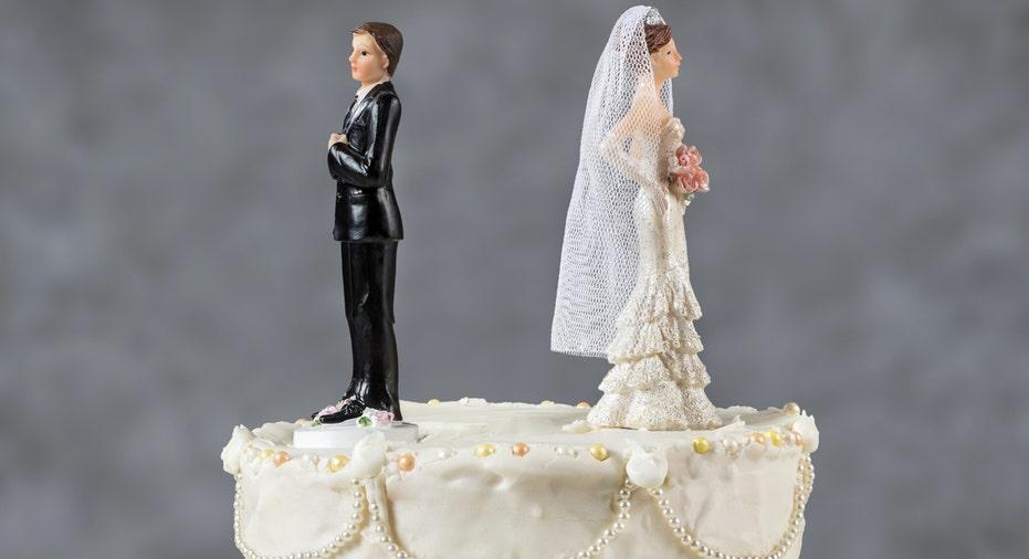 divorce cake fbn