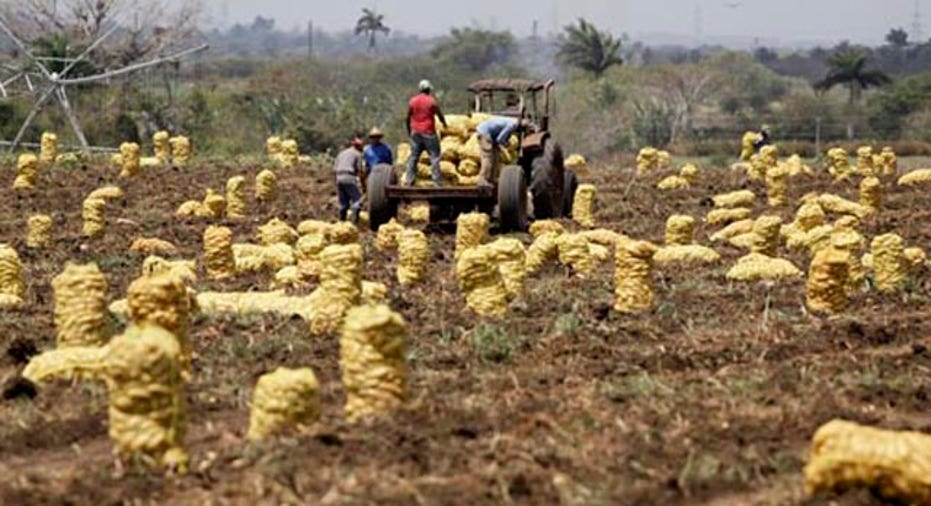 Farm Workers, 640x360