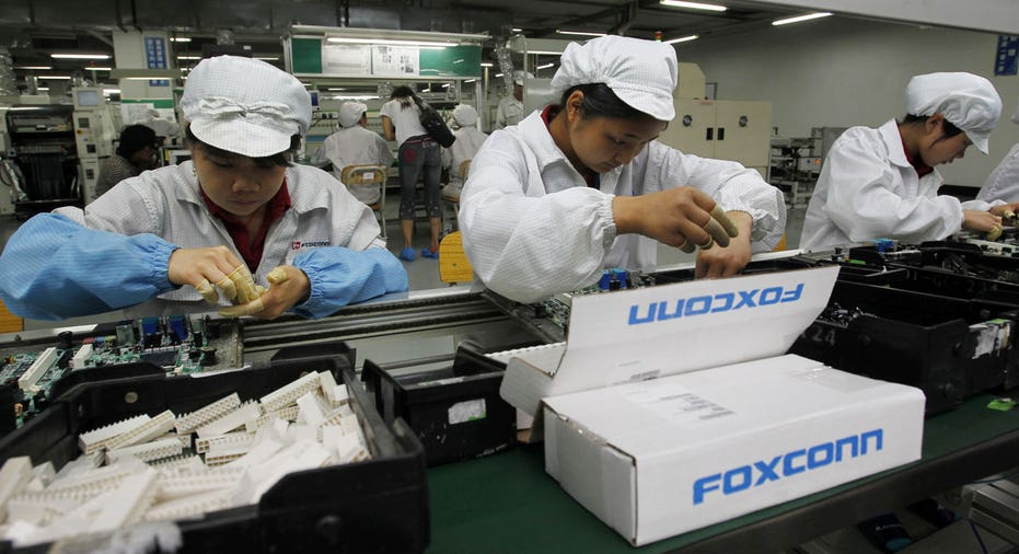 Foxconn factory workers FBN AP