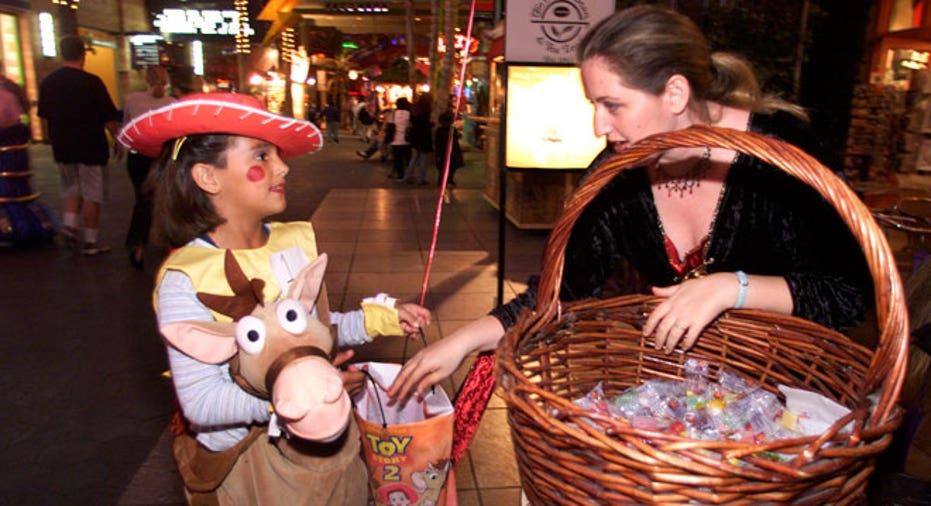 halloween,  trick or treating, costume