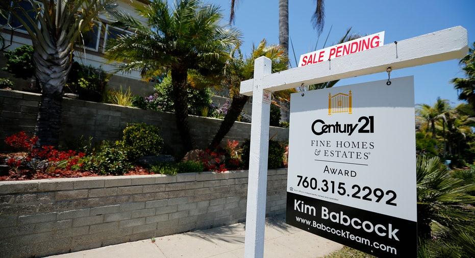 Home Sale Pending RTR FBN