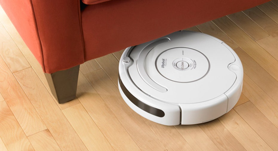 iRobot Roomba 530 Cleans Under Furniture