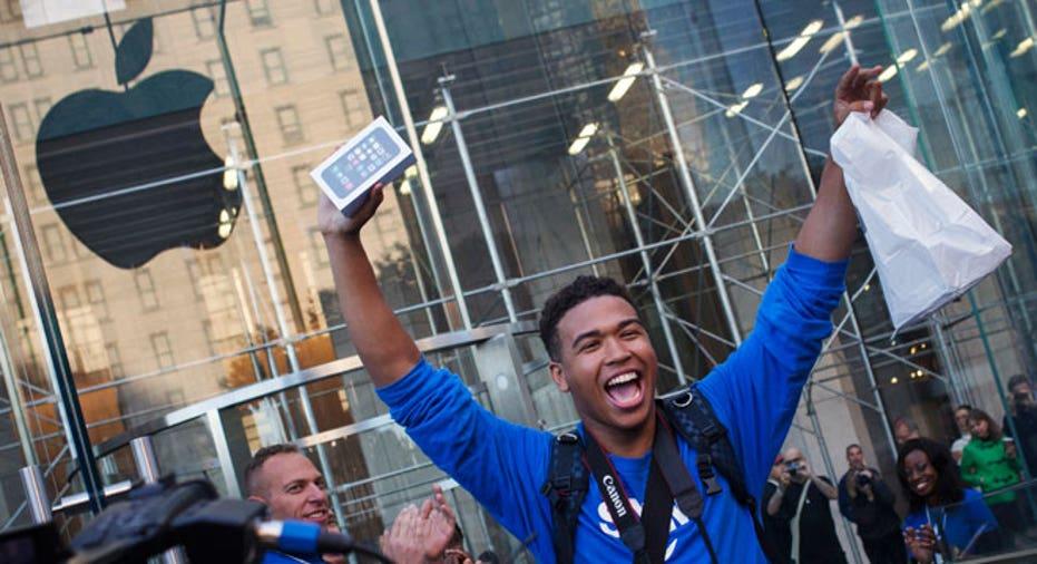 iPhone 5S customer, Apple Store, Apple