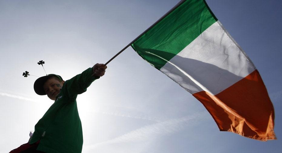Ireland flag, Irish flag, St Patrick's Day parade FBN