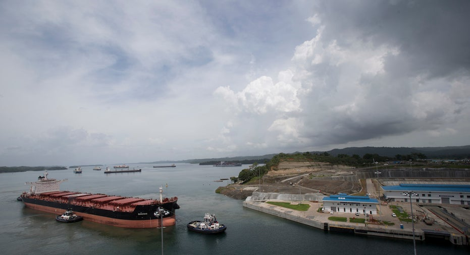 Panama Canal, shipping, trade