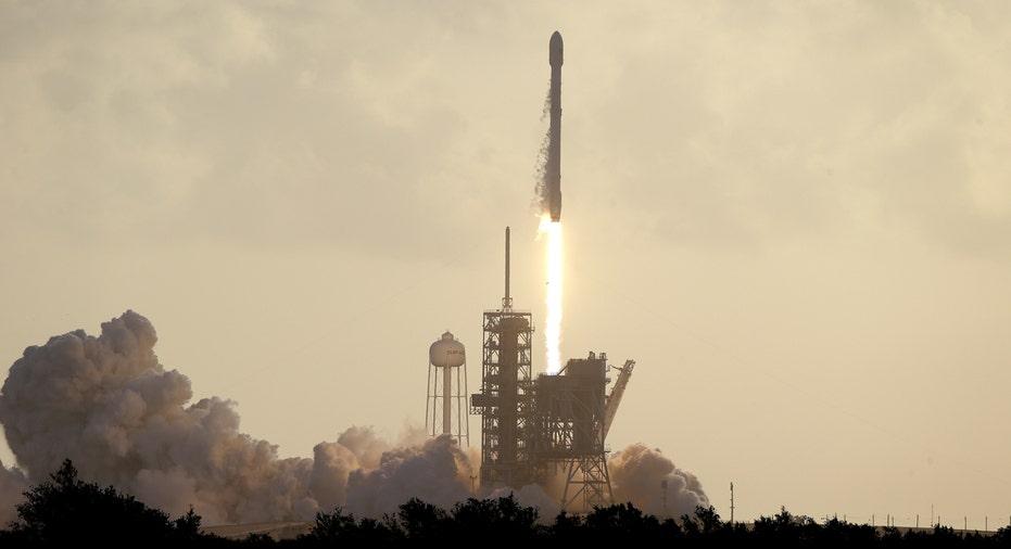 SpaceX Falcon 9 satellite launch FBN