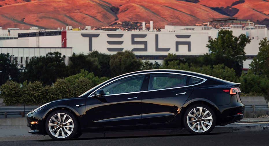 Tesla Model 3 FBN