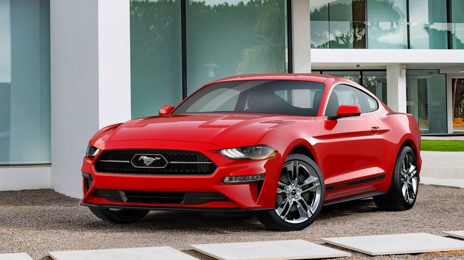 2018 Ford Mustang pony pack FBN