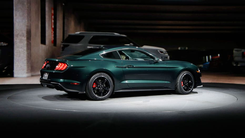 2019 Ford Mustang Bullitt, Detroit auto show AP FBN