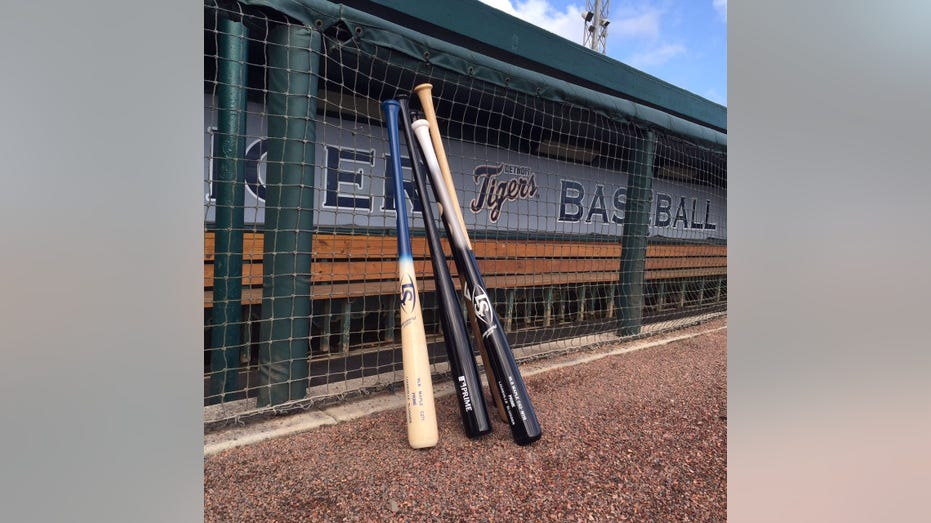 Louisville Slugger MLB Prime bats