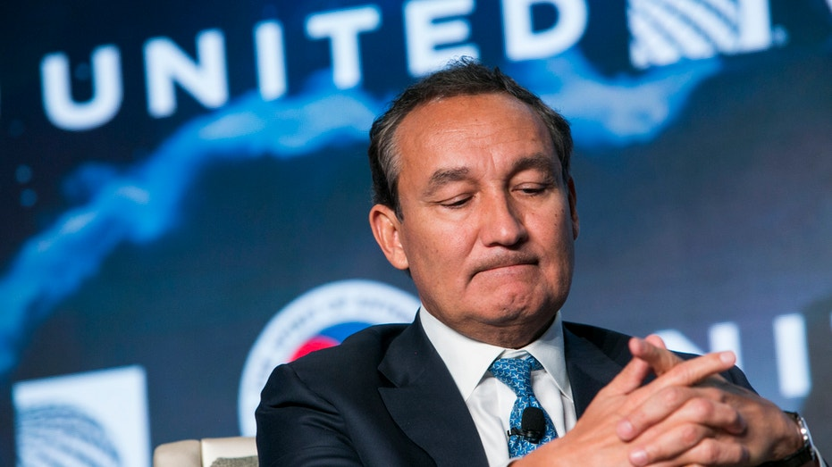 United CEO Oscar Munoz FBN