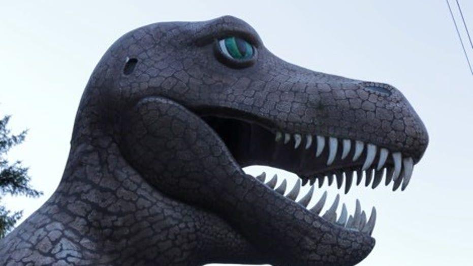 Strange Inheritance Dino 2