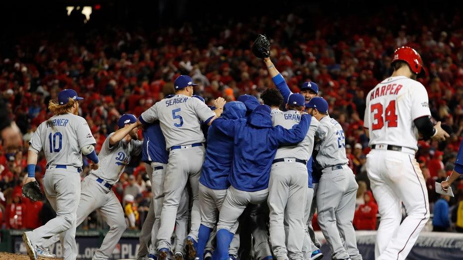 Dodgers celebrate NLDS win 2016 FBN