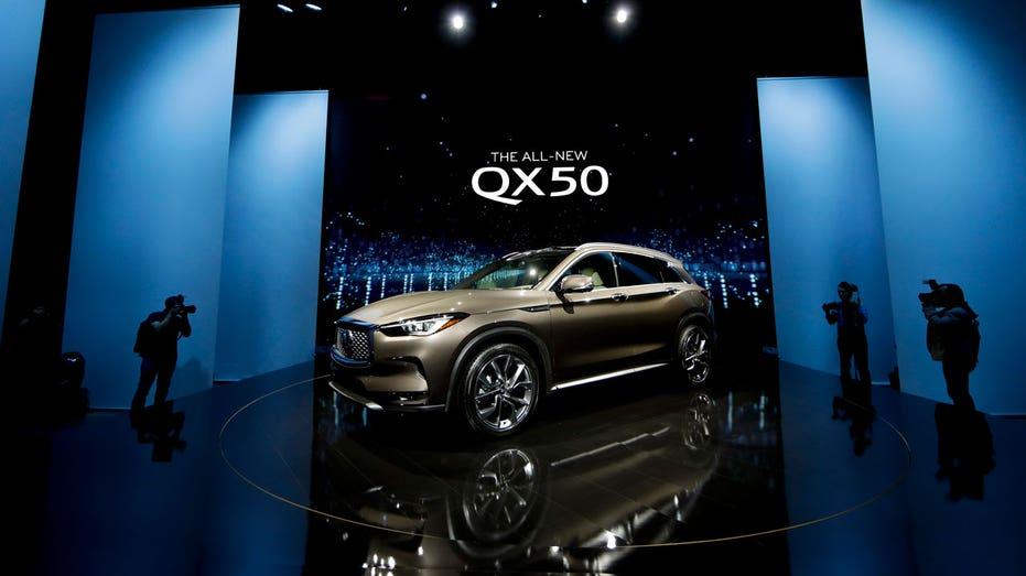 LA Auto Show Infiniti QX50 AP FBN