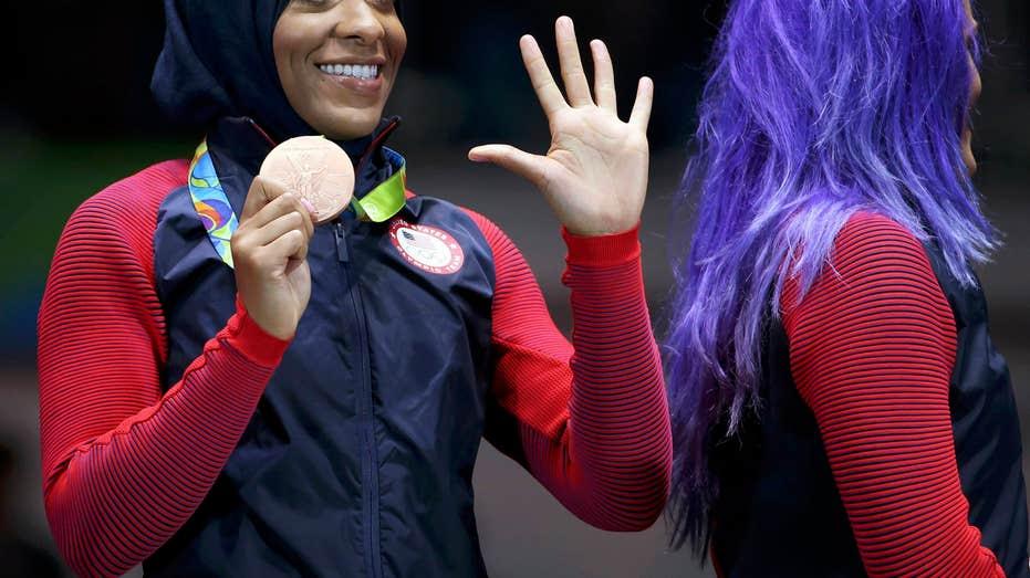 OLYMPICS-RIO-FENCING-W-SABRETEAM