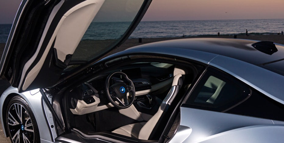 Bmw Goes In New Direction With I8 Hybrid Fox Business