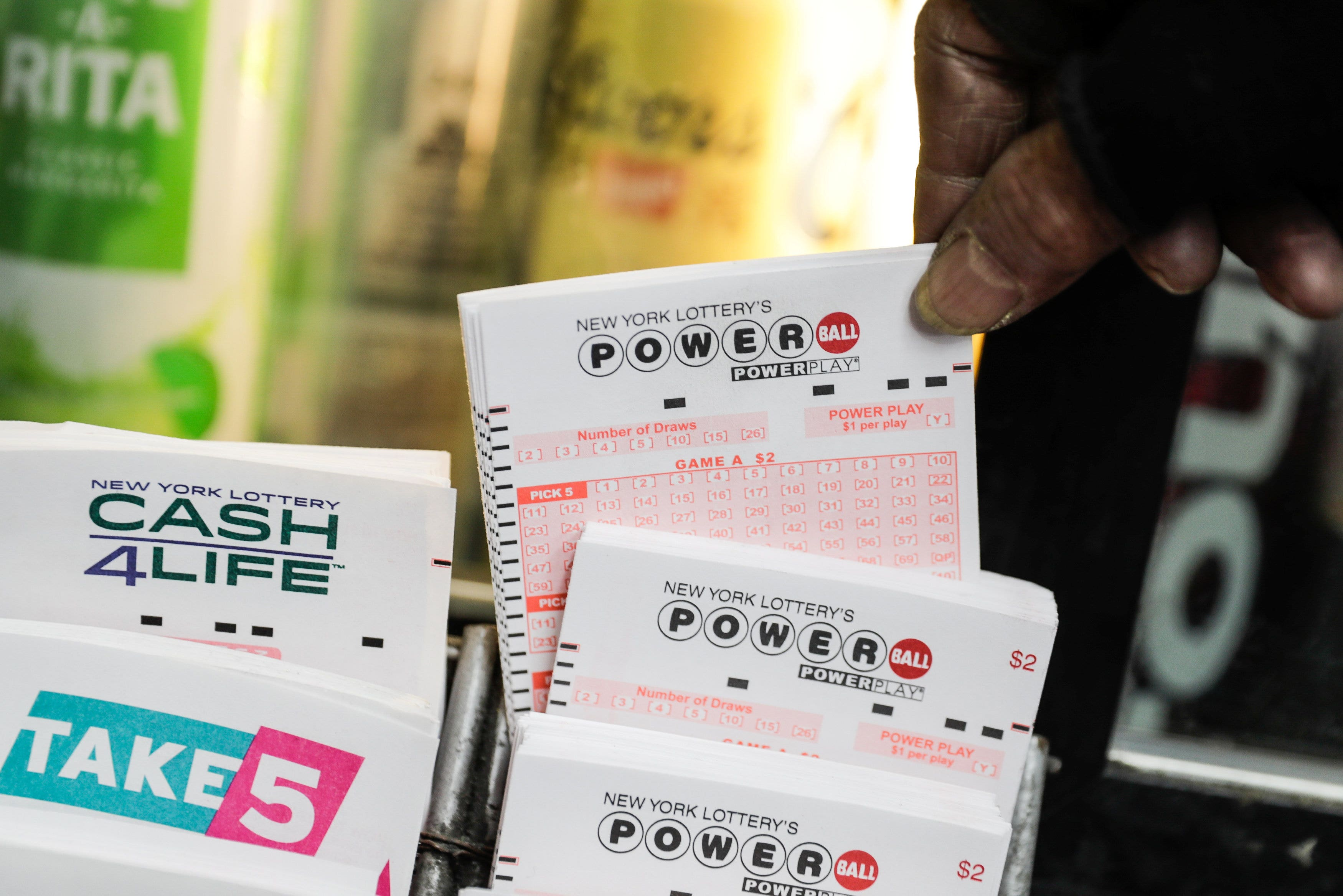 Powerball 750m Lottery Jackpot Here S The Tax Damage Fox Business