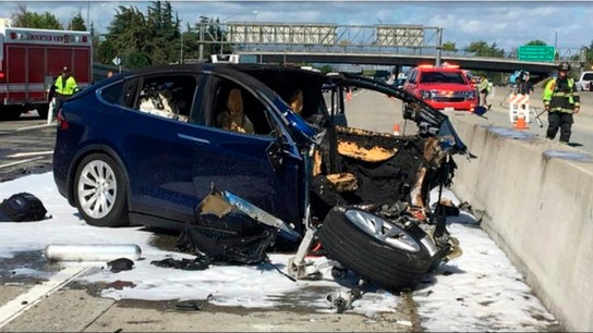 Elon Musk blasts Tesla crash coverage, as NHTSA backs models