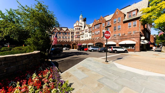 Top 10 richest places in America