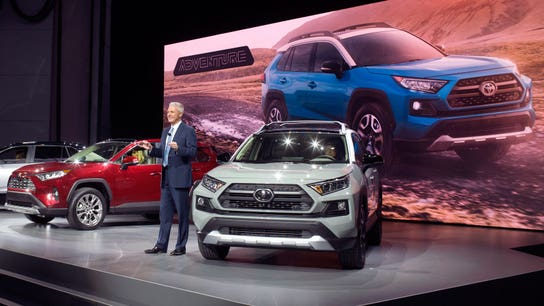 New York Auto Show: SUV frenzy takes center stage