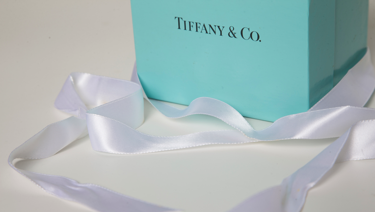 Tiffany Holiday Q4 Earnings Shine But Same-Store Sales Hit Stock
