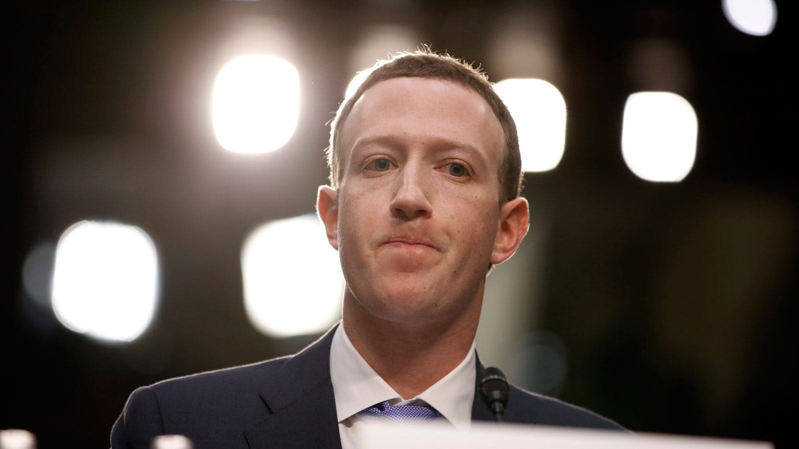 Zuckerberg: Facebook 'somewhere in between' newspapers and telecoms