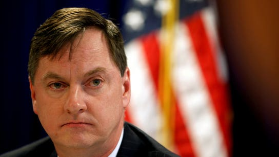Fed's Evans says he is optimistic on inflation, wants rate hikes