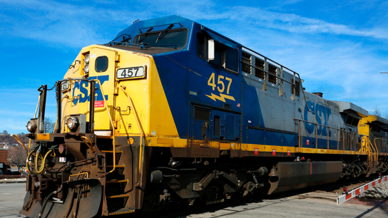 CSX railroad's first-quarter profit jumps to $695 million