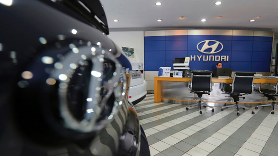 Hyundai Motor's 1Q profit halved on grim US, China sales