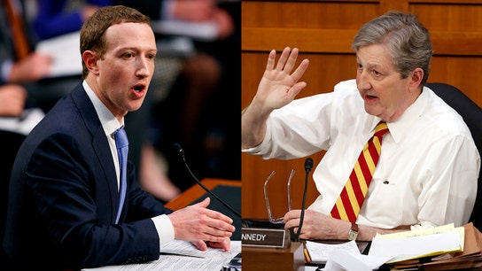 Facebook user agreement 'sucks,' senator tells Mark Zuckerberg