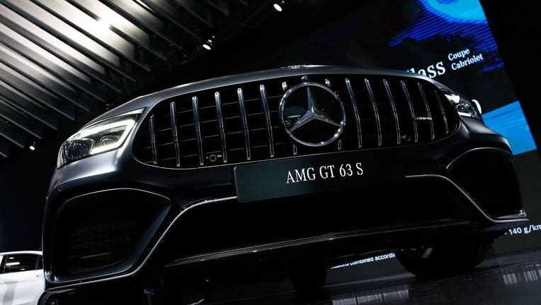 Mercedes benz will test car subscription service in two for Mercedes benz of manhattan new york city