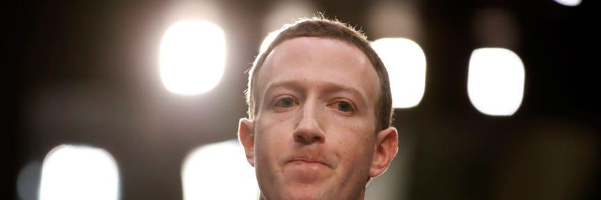 Short Facebook and bet on energy, billionaire Jeffrey Gundlach says