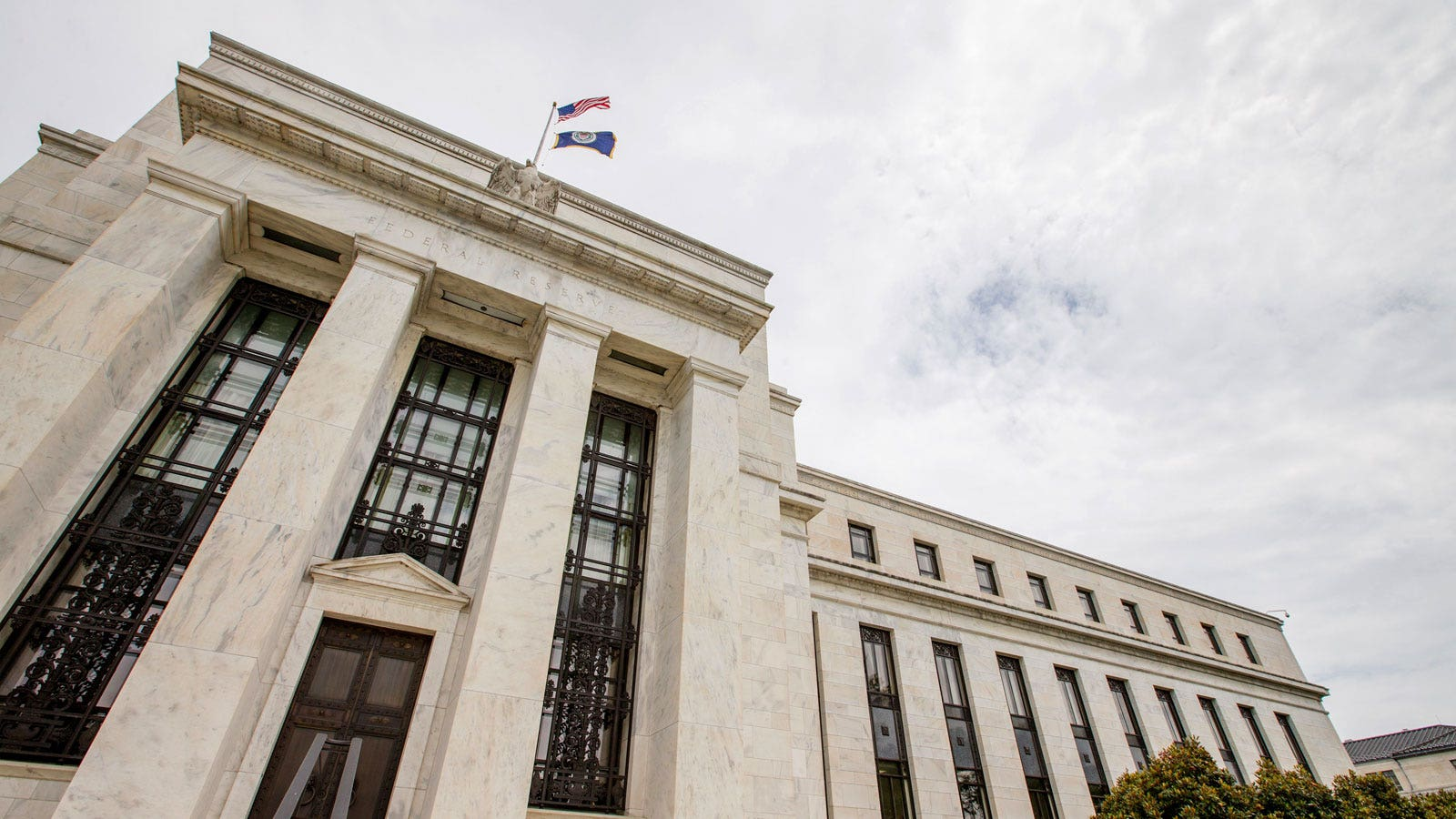 The Fed cuts interest rates for the first time since the