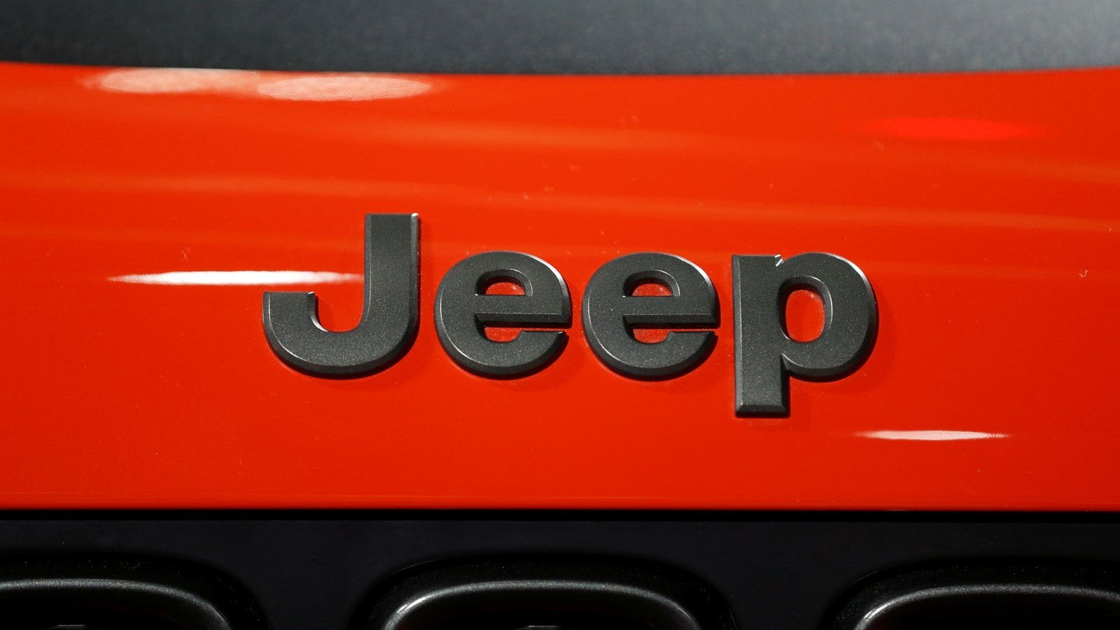 Jeep Recalls Older Suvs For Suspension Flaw Fox Business