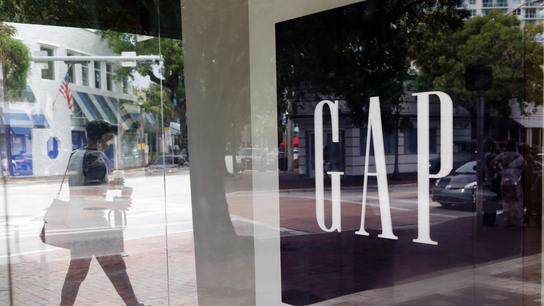 Gap 1Q profit misses Street estimates