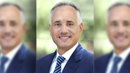 Calpers chief investment officer leaving largest US public pension