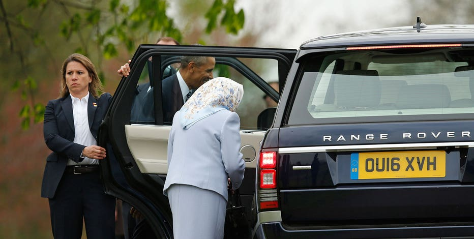 President Barack Obama And Britains Queen Elizabeth II Get Into A Car After The First Lady Arrived At Windsor Castle For Private Lunch In