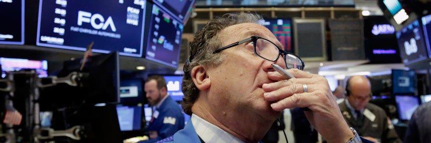 US stocks down on weak home sales, global growth worries