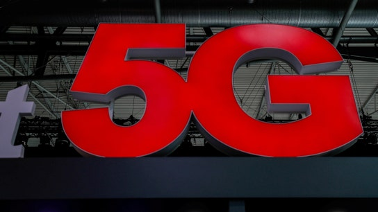 5G technology brings 'unbelievable speed' to mobile devices, Cisco CEO says
