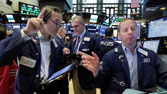 US stocks rise as companies that pay big dividends surge