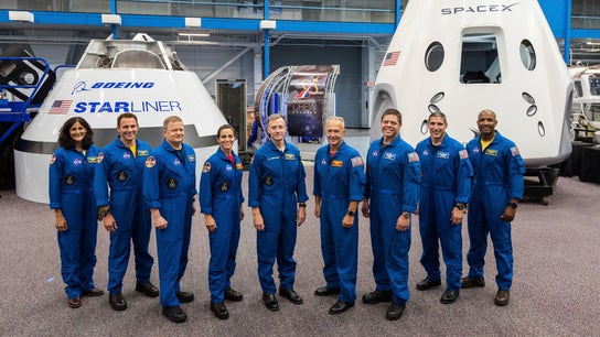 NASA names astronauts for Boeing, SpaceX flights
