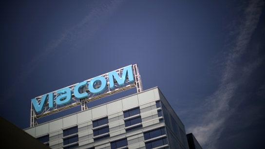 Viacom reports revenue below estimates on weak advertising sales